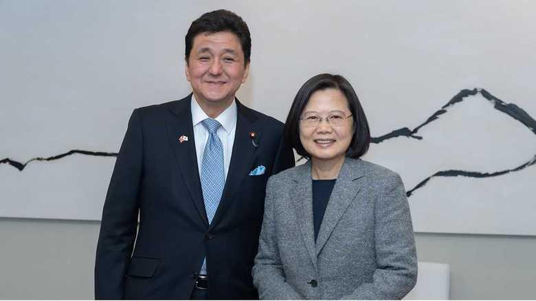 """【独自】安倍首相""""実弟""""の岸議員が中国・台湾を異例の連続訪問 習主席の国賓来日を前に見えてきた2020年の対中戦略は「日米台」連携"""