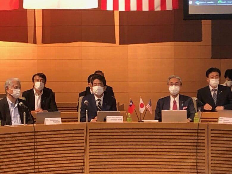 安倍前首相が中国を強く牽制「香港で起こったことが台湾で起こってはならない」