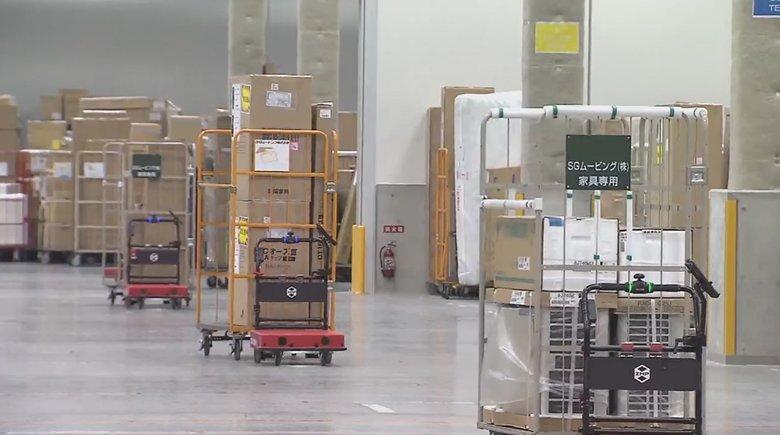 """コロナ禍でも物流を止めるな!ベンチャーが開発した""""3密対策ロボット""""が巨大倉庫で活躍"""