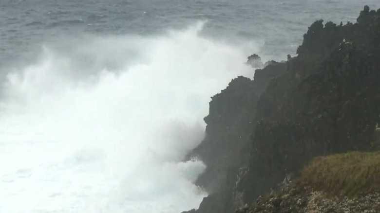"""最大瞬間風速60メートルの予想も…。""""今年最強""""台風21号の暴風対策"""