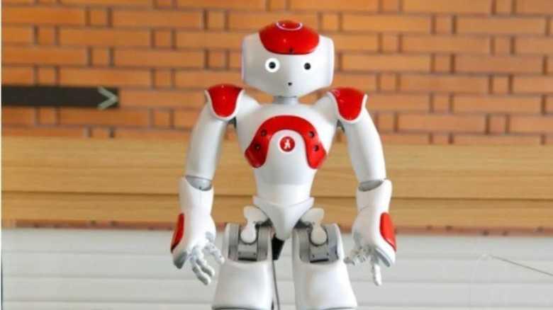"""音声認識に限界が…「変なホテル」に目玉のはずの""""ロボット激減""""の理由を聞いた"""