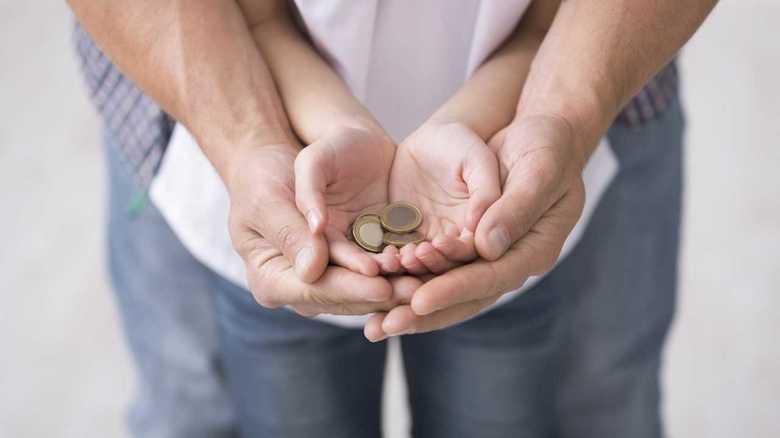 """見えないお金とどう向き合う?キャッシュレス時代を生きる子どもの""""マネー教育"""""""