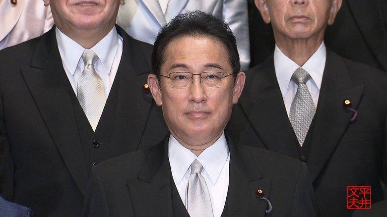 岸田さんに、暴言吐いたらどうかと提案したことがあるのだが、黙ってニコニコしてるだけだった。誠実な新首相は3人のうるさいオヤジをうまくサバけるか