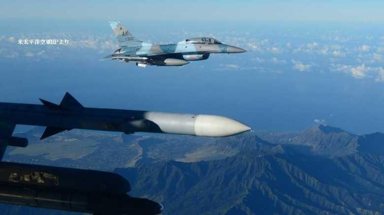 米空軍敵役部隊F-16が同じ米空軍部隊とハワイで訓練実施