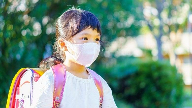 マスクが子どもたちのコミュニケーション力を奪っている 感染対策で立ちすくむ教育現場