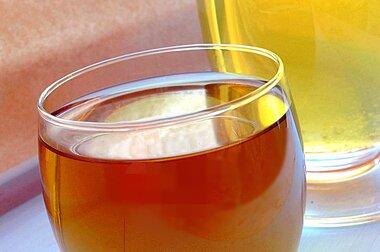 世界の茶濃縮物市場ーサイズ調査、性質別(有機、従来型)、製品タイプ別(紅茶、緑茶、フルーツティー、インスタントティー)、最終用途別、流通チャネル別(企業間、企業対消費者)、地域予測2020-2027年
