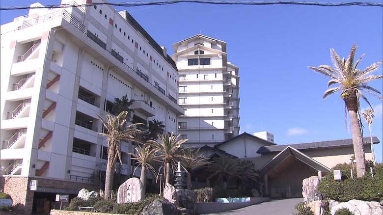 「もう少しこらえて…」英断のホテル三日月に政府が懇願 武漢からの帰国者受け入れの知られざる内幕