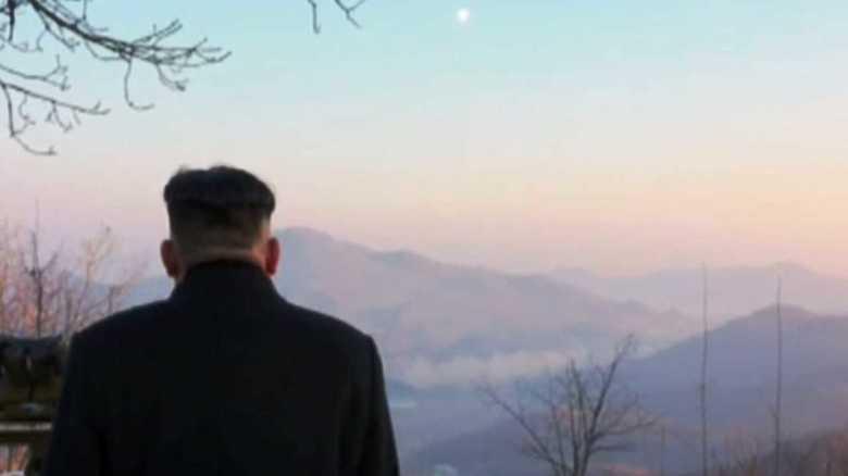 """北朝鮮外交のキーワードは""""人質""""と""""英雄""""。強硬外交の本質"""