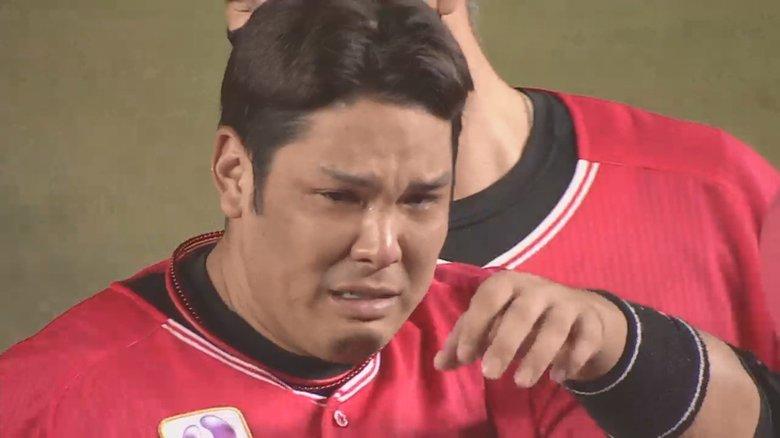 ロッテ井上晴哉が劇的サヨナラタイムリーで男泣き!