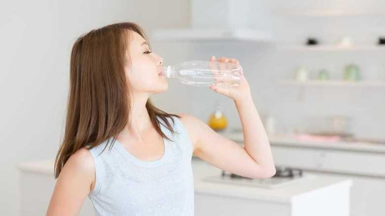 「炭酸水は健康にいい」は本当か? 疲労回復やダイエットは疑問
