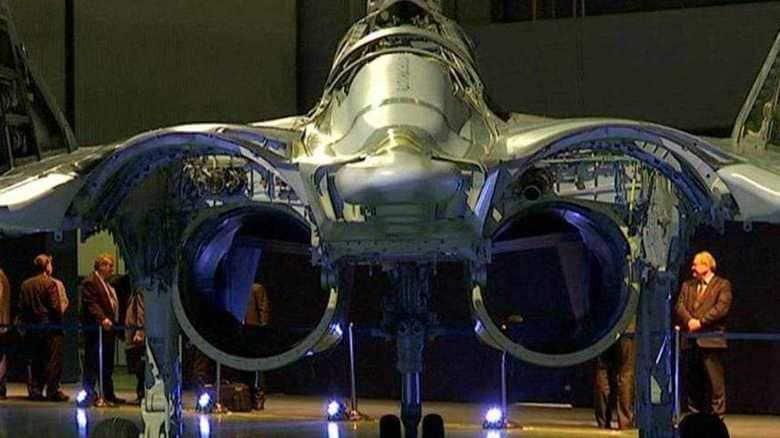 レーザー兵器も搭載可能 MiG-35の試験飛行