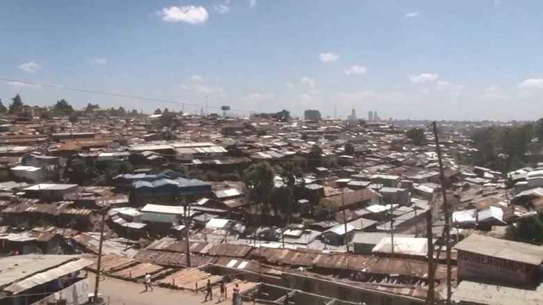 """シリーズ 最後の巨大市場 アフリカの攻防④富裕層とスラム街…拡大する""""貧富の差"""""""