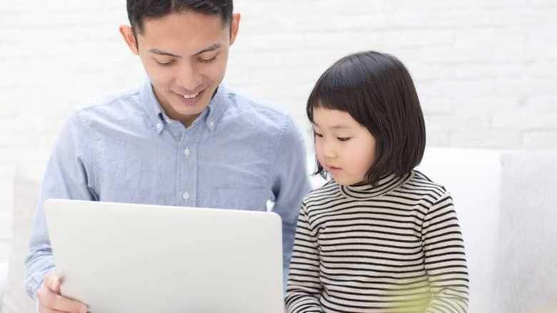 デジタル社会から身を守る、子どもの「メディアリテラシー」の育て方