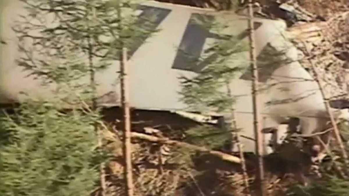 機 墜落 トロン 日航 事故