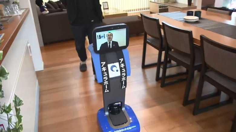"""営業マンがロボットに? 新型コロナで来場者減…無人住宅展示場で始まる""""日本初""""のサービスの狙いとは?"""