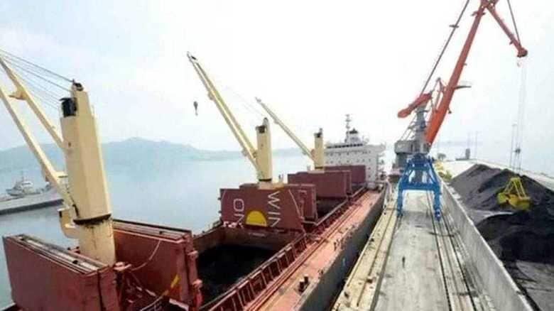 北朝鮮の石炭輸出量  制裁決議の上限を大幅オーバー