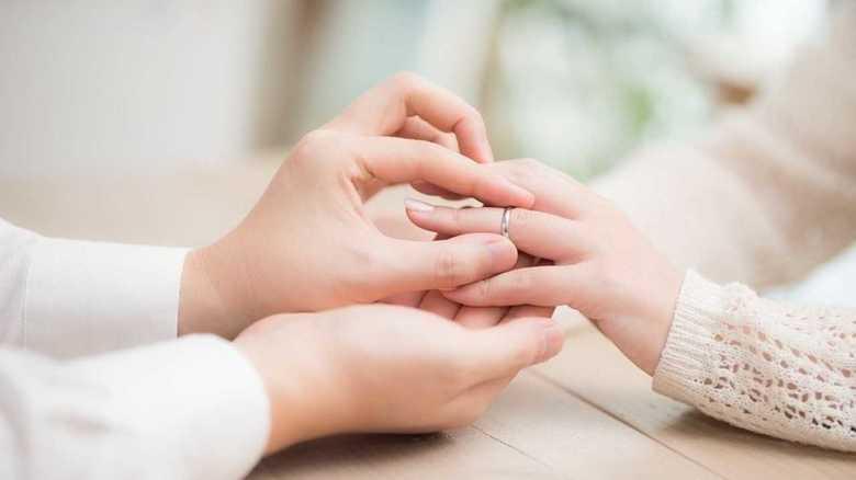「草食化」は関係ない…若者の未婚・晩婚が増えるワケ