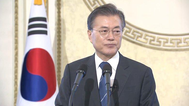"""支持率40%台割れで岩盤支持層崩壊か…韓国・文在寅大統領を待ち受ける""""運命""""は?"""