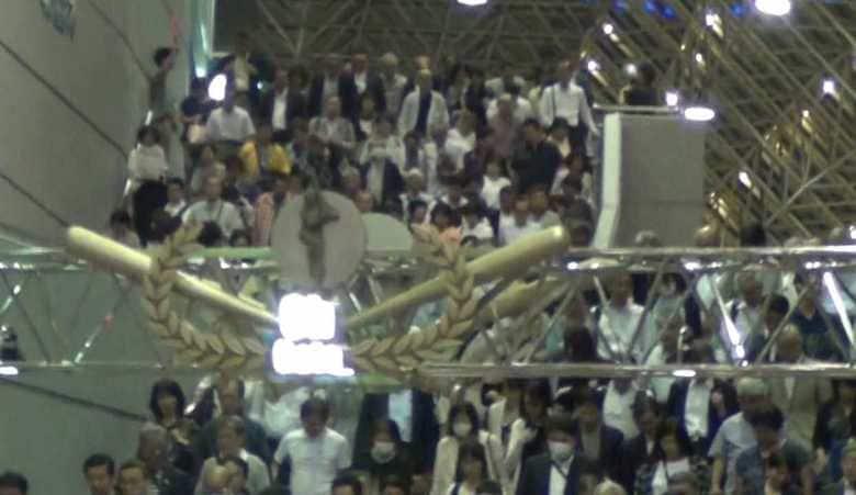 東京ドームに10万人が集結!巨人戦でもアイドルのコンサートでもなく公明党の集会