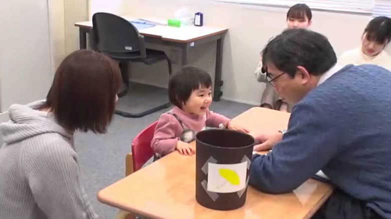"""""""伝えたいことが伝わらない""""発達に悩む親子支える言語療育…人材不足で若手育成も"""