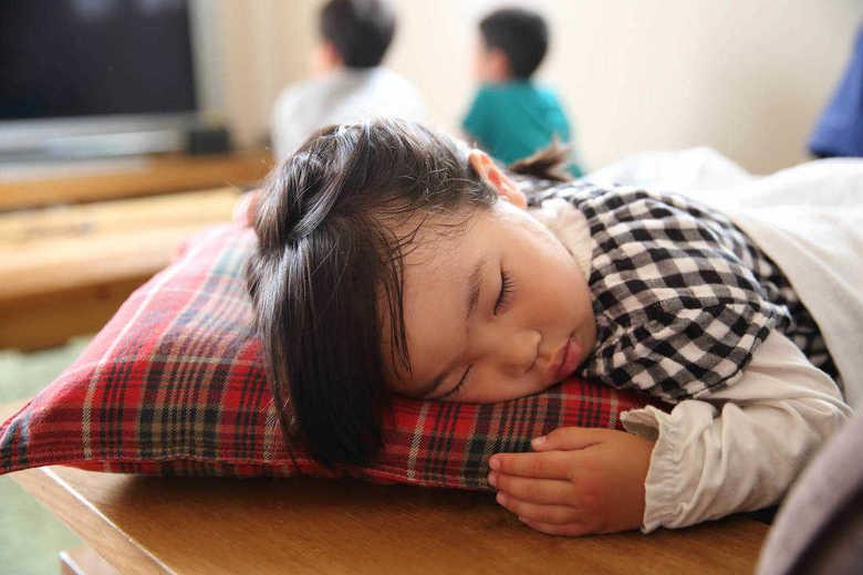 学習意欲や発育に悪影響も...子どもの「睡眠障害」に気付いてますか? 対策を聞いた