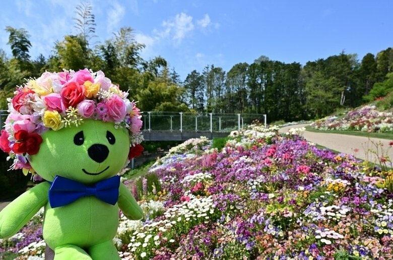 職人が手作業で作る、100の花壇を組み合わせた大花壇は必見!花と緑を1つにつなげる「ガーデンネックレス横浜」