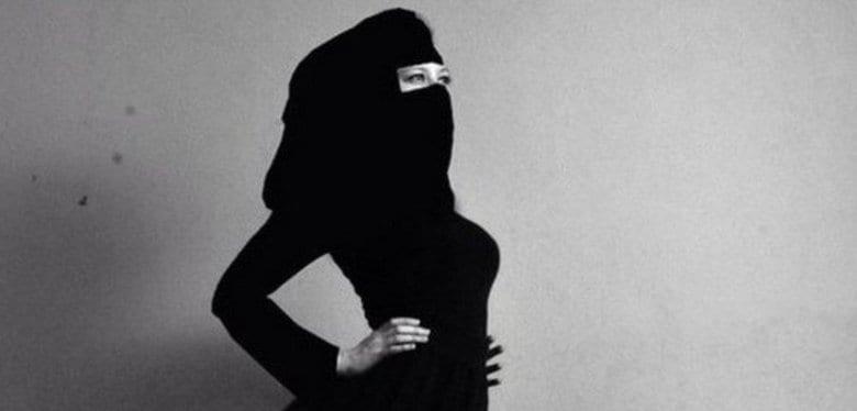 「素敵」とほめたつもりがイスラム女性を攻撃?アリシア・キーズのツイッター炎上
