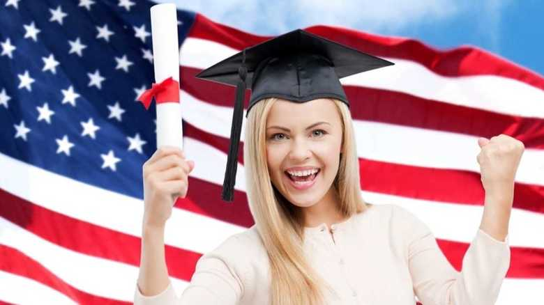 アメリカの大学受験は、日本の就活に近い!?最新事情を作家・冷泉彰彦さんに聞いた