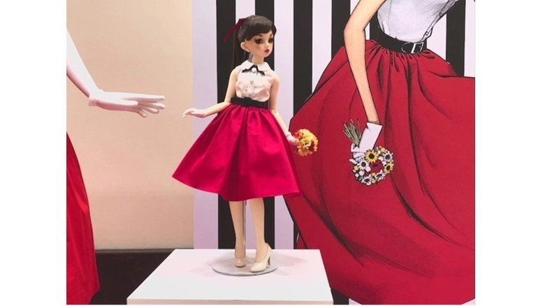 限定人形100体買い占めは違法か?弁護士に聞いた