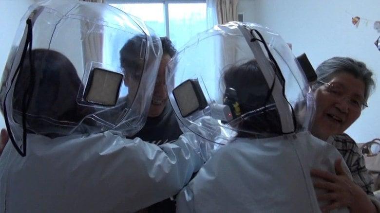 「駅前PCR検査」に高齢者施設の「面会用防護服」…帰省・成人式はどうする?コロナ禍の年末年始