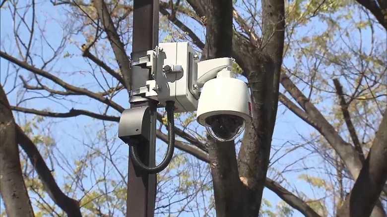表参道に10台設置!増え続ける防犯カメラ…その効果と問題点は?