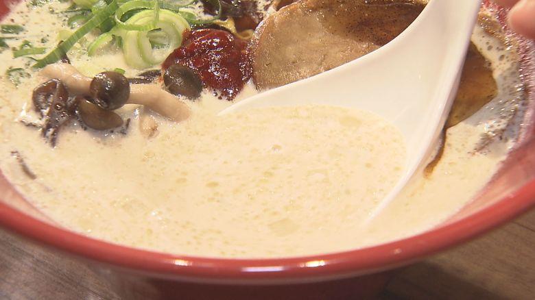 """「一蘭」が""""具材なし""""のカップ麺を発売 「一風堂」は植物由来の原料のみで""""豚骨ラーメン""""を再現"""