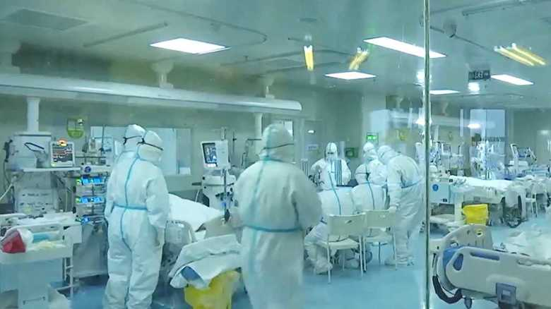 """完治した患者の""""血漿""""が新型コロナウイルスの特効薬となるのか…中国「使用後明らかな回復傾向」"""