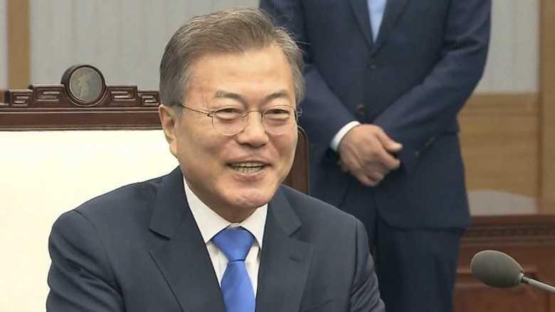 """就任1年…韓国""""反日""""大統領の「ツン」と「デレ」その思惑とは?"""