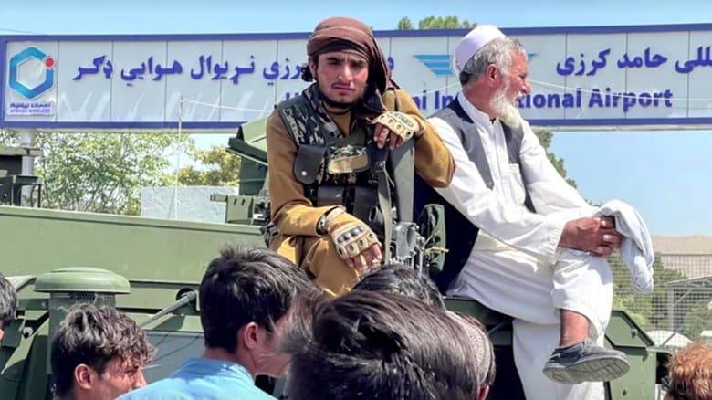 【解説】アフガン政府軍が蜘蛛の子を散らすように消えた理由