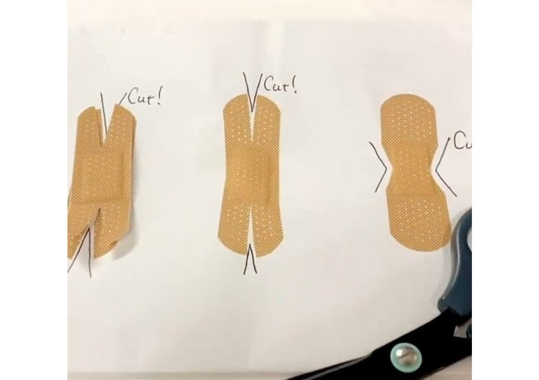 切れ込みを入れれば剥がれにくい!? 救急医が教える「手指の傷にばんそうこうを貼るコツ」が勉強になる