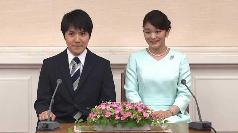"""眞子さま「ご結婚再来年まで延期」から丸2年…""""新たな発表""""のタイミング?小室圭さんの近況は"""