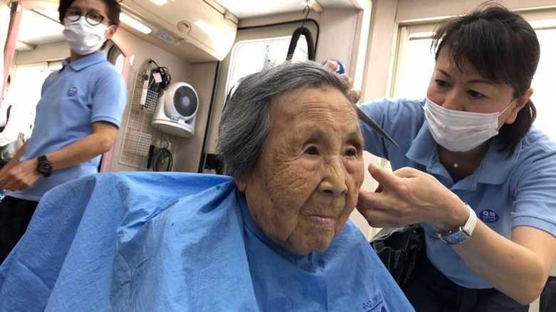 「1000円カット」が超高齢社会へ挑戦