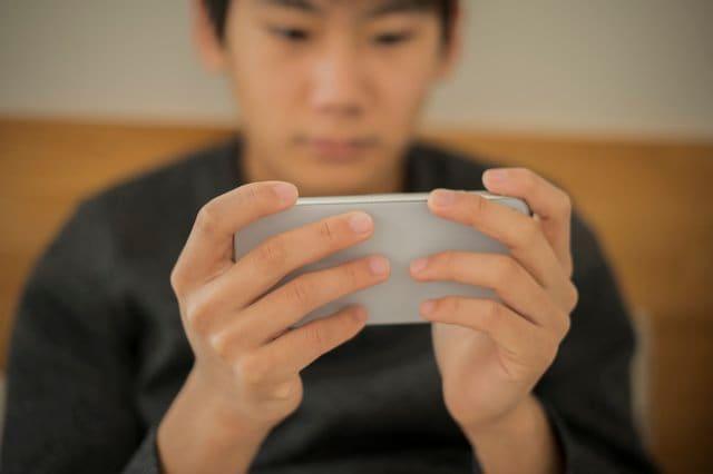 """香川県""""ゲーム規制条例""""施行から1年…調査結果ではスマホ利用時間減少も依存傾向増加"""