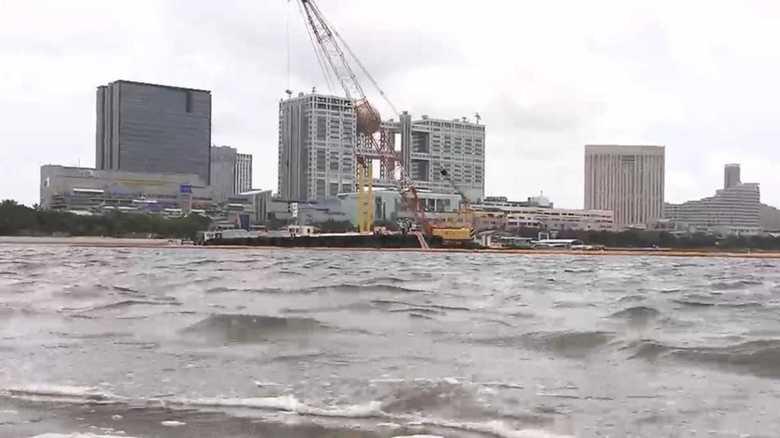 「水質改善」大作戦!お台場で巨大水中スクリーン実験始まる【2020東京五輪】