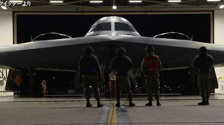 「圧倒的な軍事的対応」を見せつける米軍