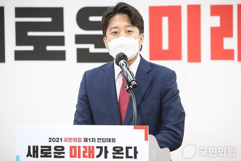「85年生まれの36歳」が文在寅政権に挑戦状 韓国で始まった若い男たちの反乱