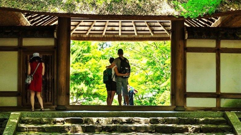 「夏のGoToキャンペーンは密になる」コロナとの共生で旅のかたちはどう変わるか?