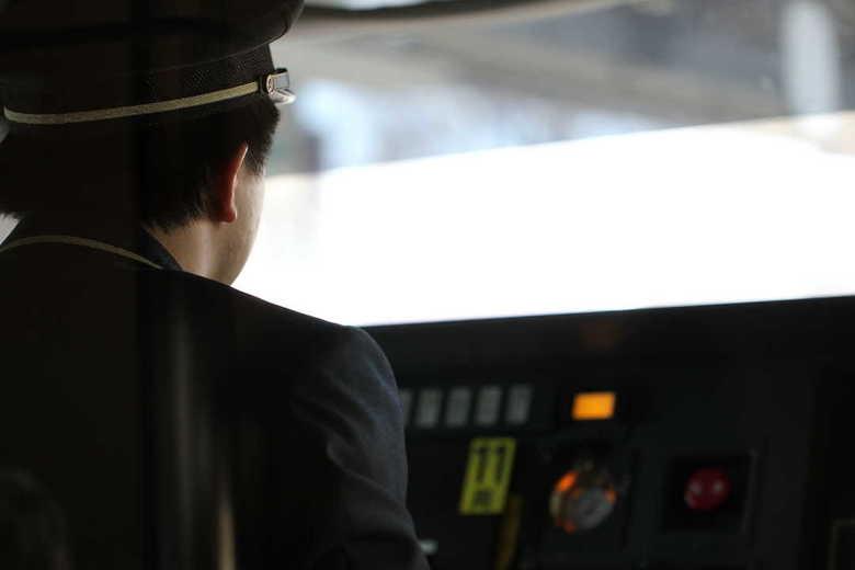 「運転士」「車掌」の名称を「乗務係」に統一…は本当か? JR東日本に理由を聞いてみた