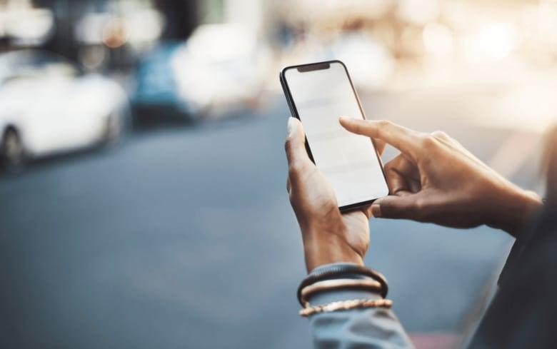 Appleが42%のシェアを獲得し、10兆円を超えるスマートフォン市場をリード