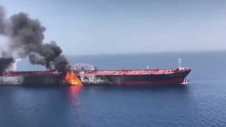 タンカー攻撃は「戦争誘発」が狙いか 安倍首相のイラン訪問との関連は