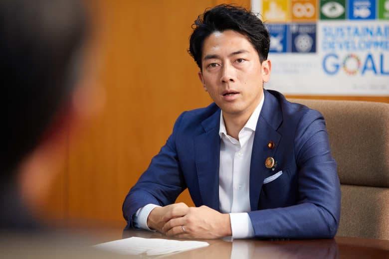 総理候補No.1から一転してバッシング 大臣として父として...小泉進次郎が今を語る