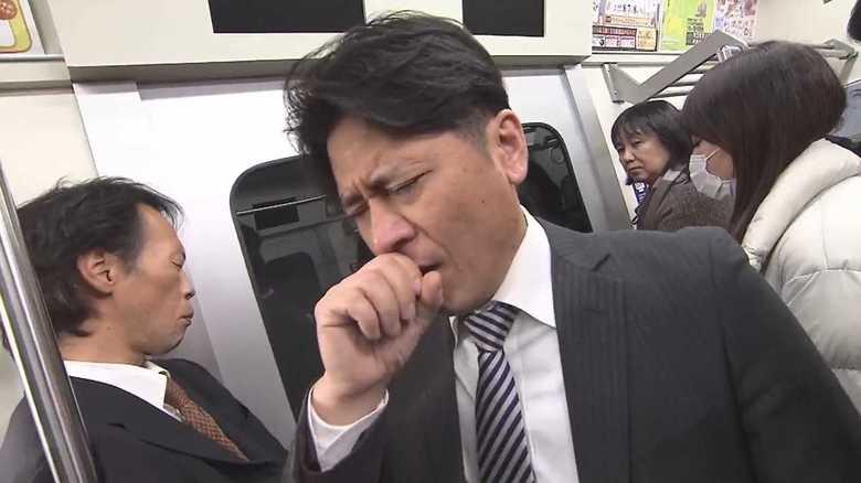 """【新型コロナ感染対策】満員電車なら?エレベーターなら?どこに乗る? """"感染リスクの低い場所""""を徹底検証"""
