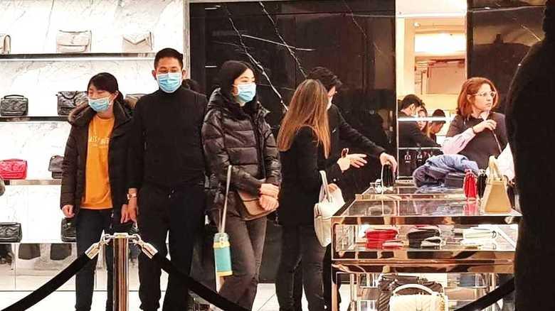 「マスクをしたアジア人は恐怖」新型ウィルスに対するフランス人の対応は差別か自己防衛か