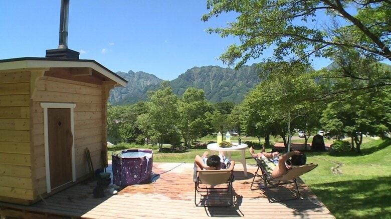 高原のど真ん中で開放的な「アウトドアサウナ」を…ストーブも小屋も信州製にこだわり【長野発】